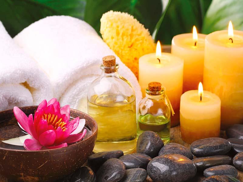 Teplá aroma oil relaxační masáž